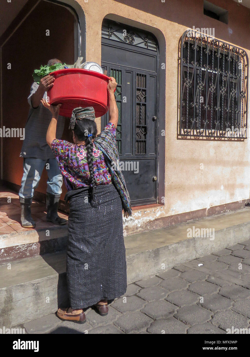 Guatemalan woman after market - Stock Image