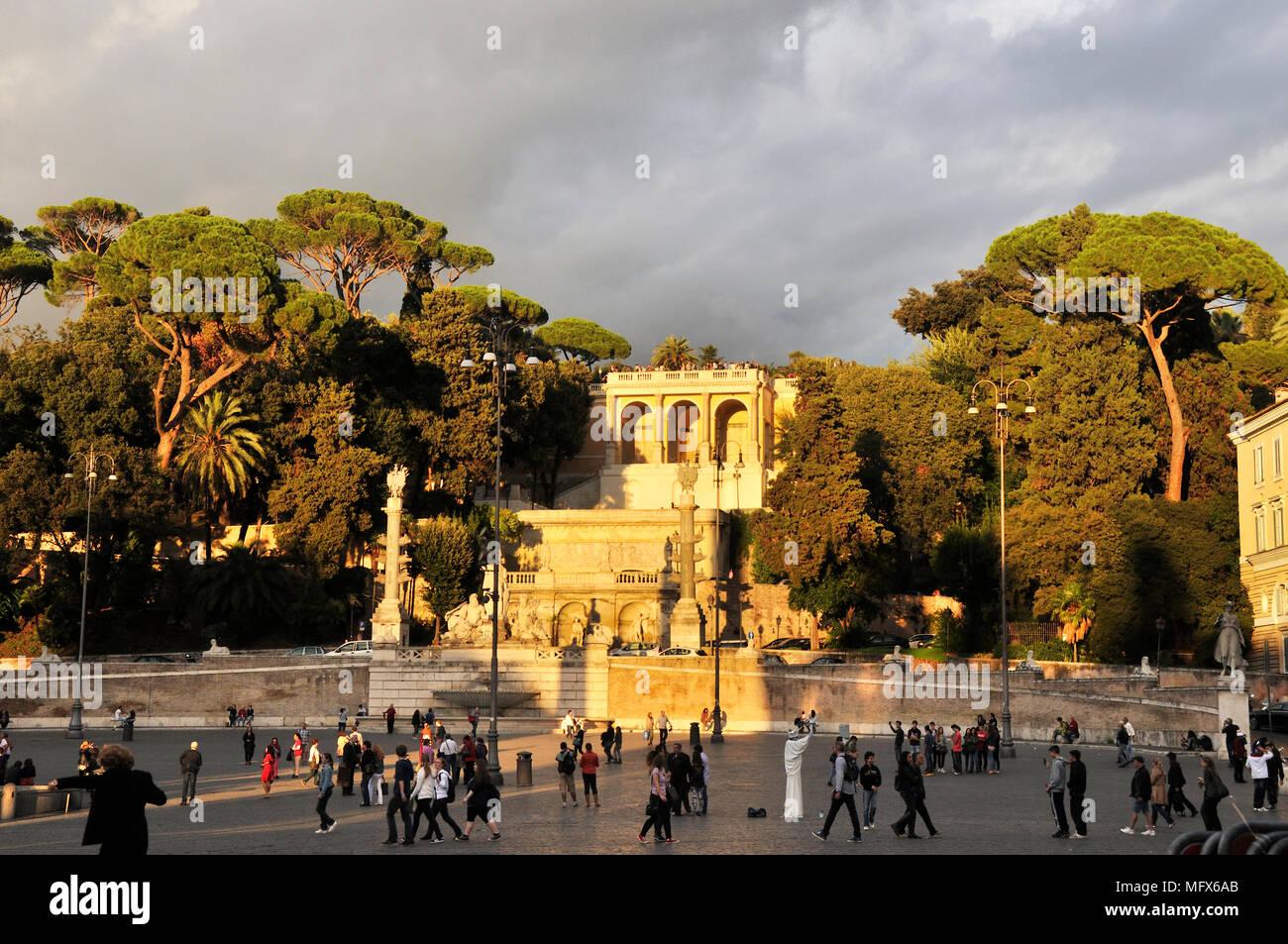 Fountain of Goddess Roma (Fontana della Dea di Roma) and Terrazza ...