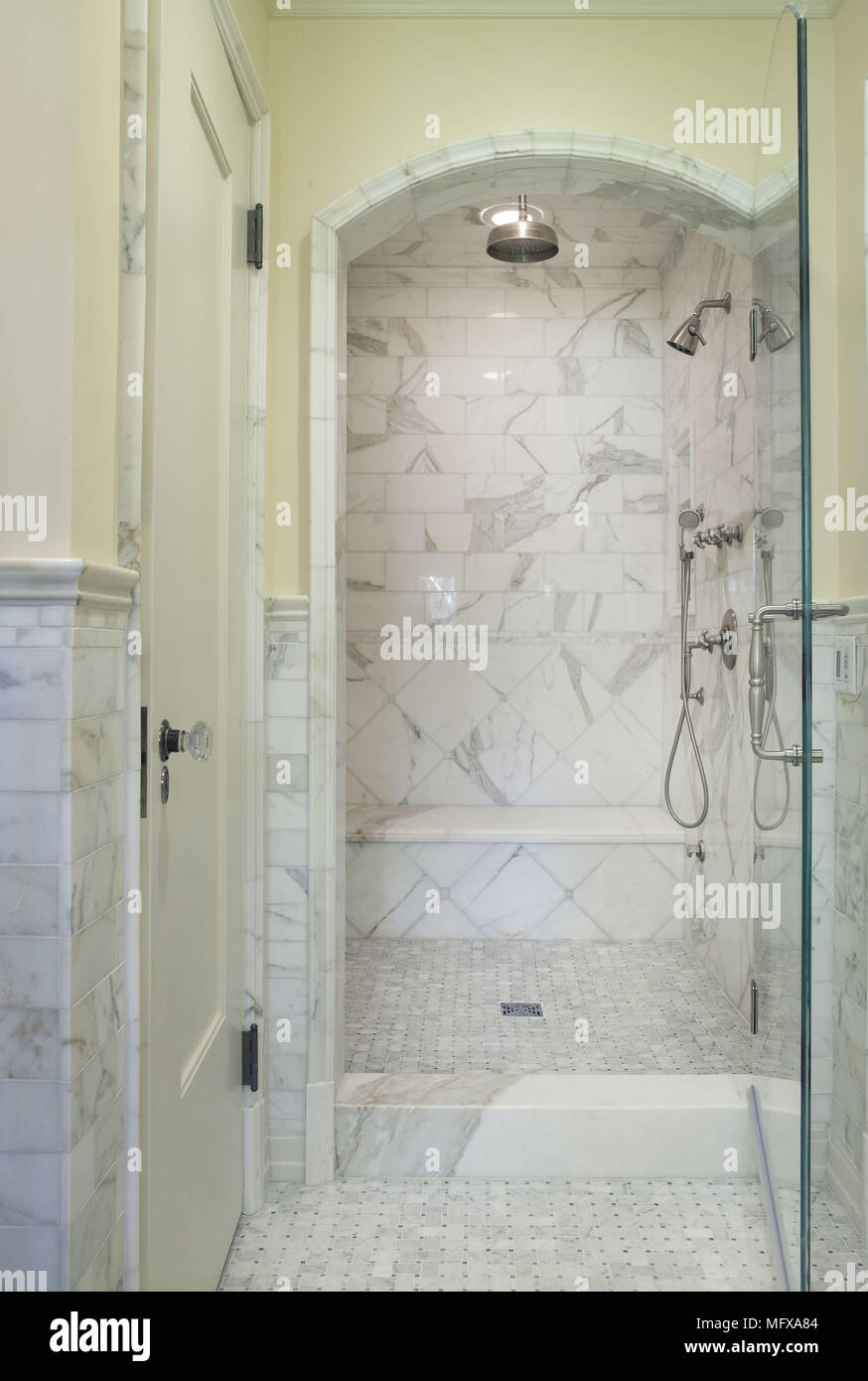 Shower Cubicle With Glass Door In Traditional Style Bathroom Stock