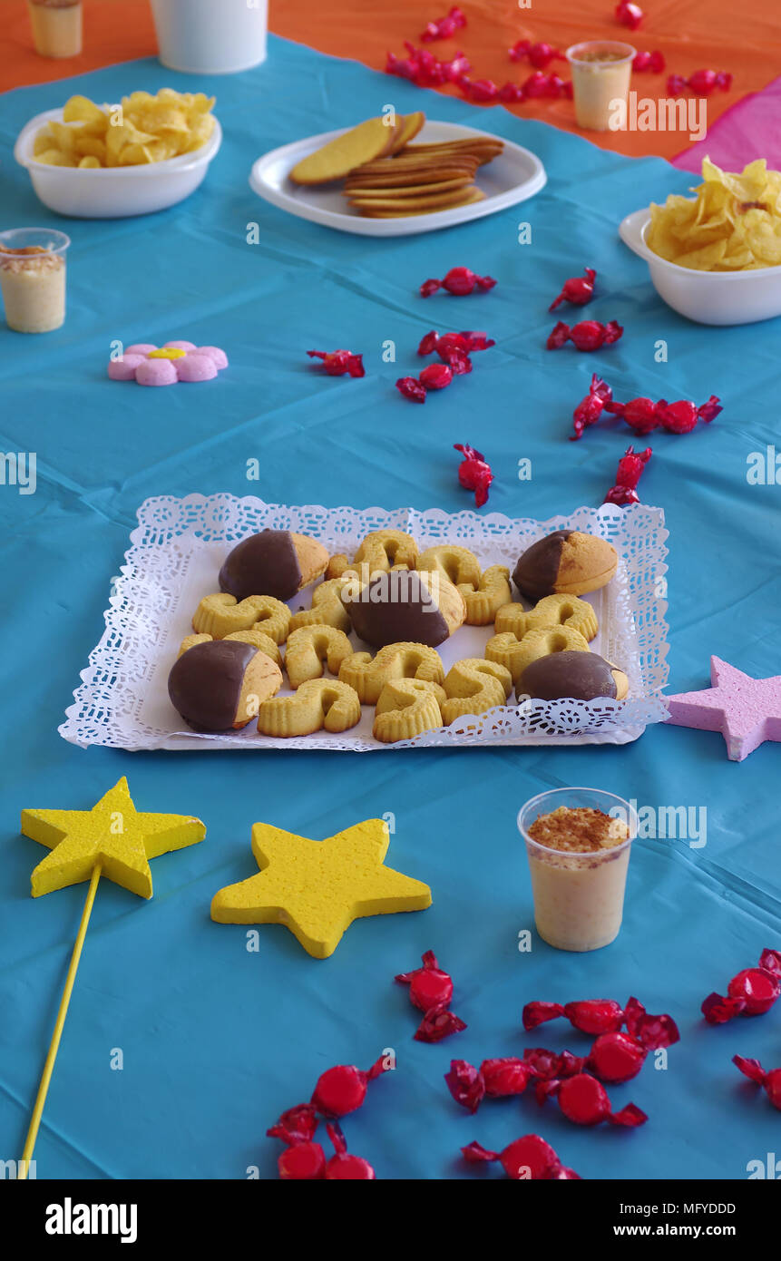 Colorful snack table set in a childrenu0027s birthday party.  sc 1 st  Alamy & Colorful snack table set in a childrenu0027s birthday party Stock Photo ...