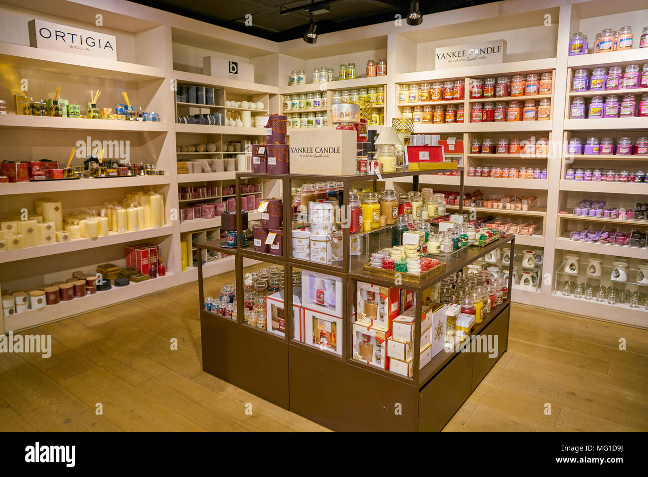 Yankee Candle Negozi.Yankee Candle Store Stock Photos Yankee Candle Store Stock