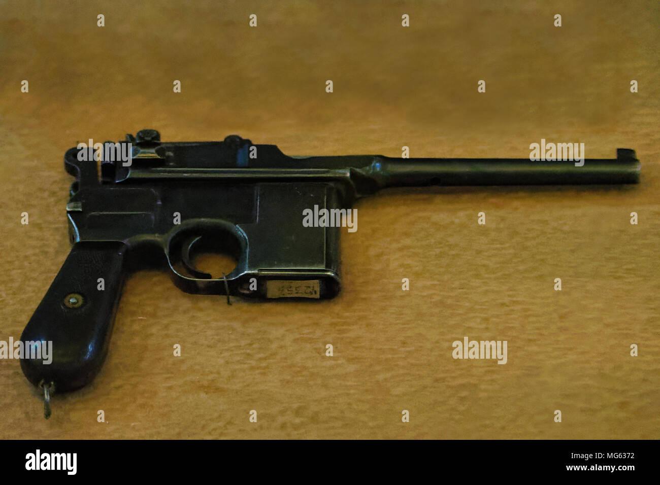 Mauser Gun Stock Photos & Mauser Gun Stock Images - Alamy
