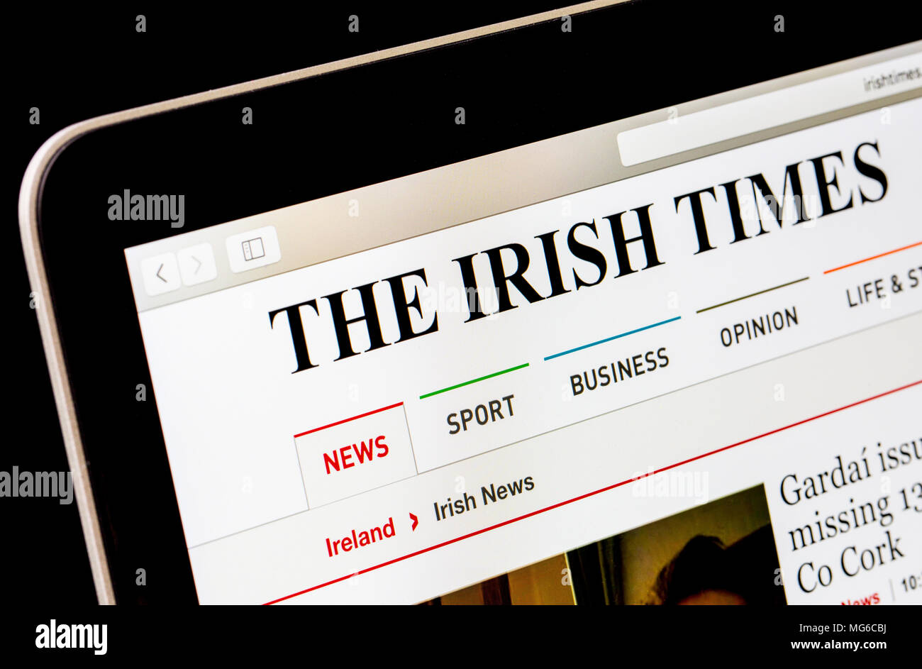 The Irish Times website on a laptop computer - Stock Image