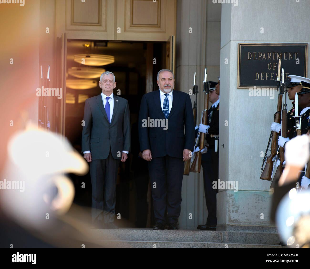U.S. Secretary of Defense Jim Mattis stands with Israeli Defense Minister Avigdor Lieberman, right, during the arrival ceremony at the Pentagon April 26, 2018 in Arlington, Virginia. - Stock Image