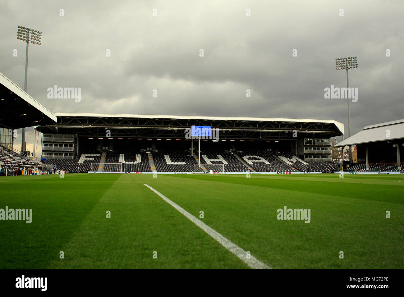 London, UK. 27th Apr, 2018. a General view of inside the Craven Cottage ground prior to kick off. EFL Skybet championship match, Fulham v Sunderland at Craven Cottage in London on Friday 27th April 2018.  this image may only be used for Editorial purposes. Editorial use only, license required for commercial use. No use in betting, games or a single club/league/player publications. pic by Steffan Bowen/Andrew Orchard sports photography/Alamy Live news - Stock Image