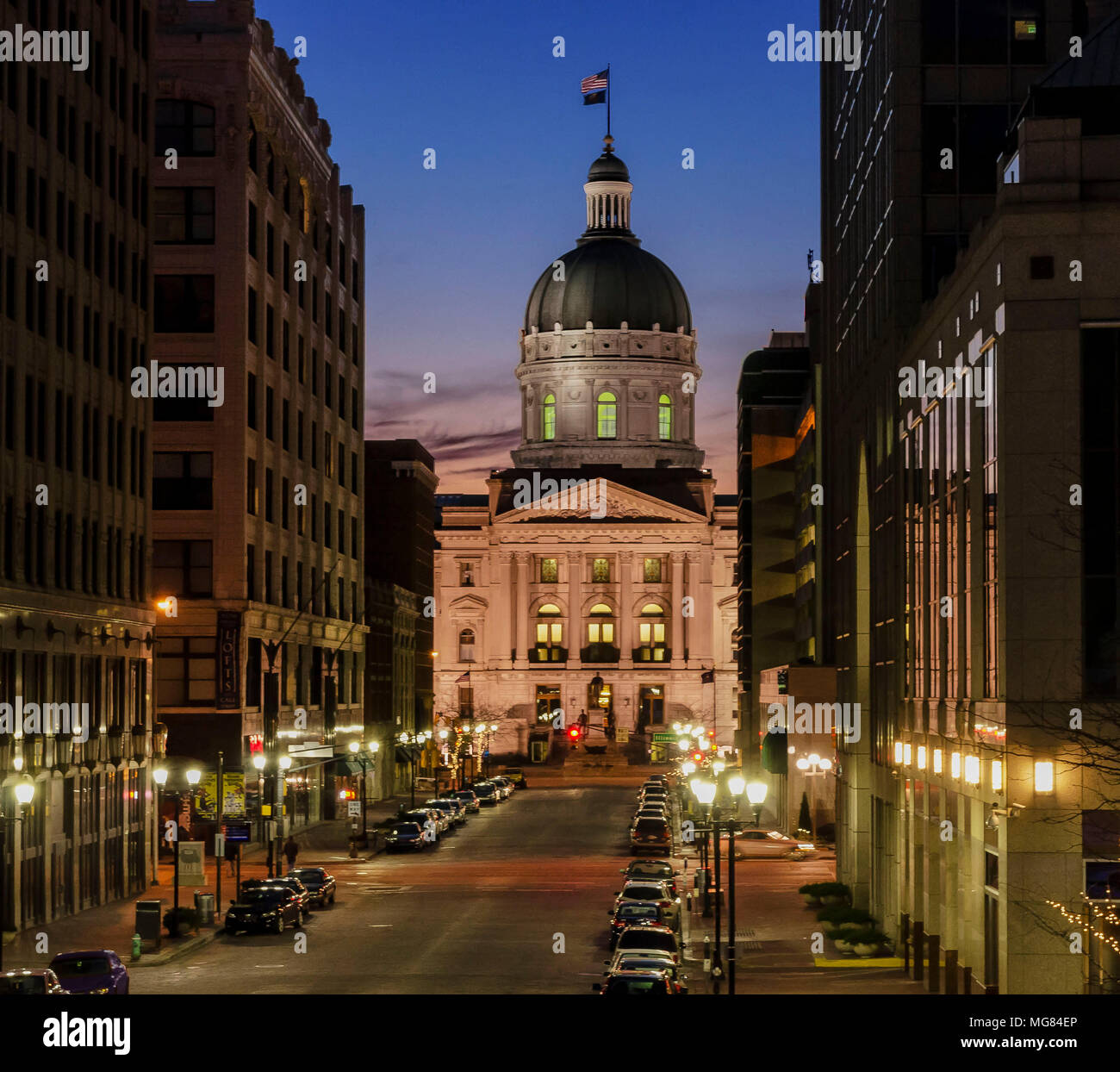 Indiana capitol at night - Stock Image
