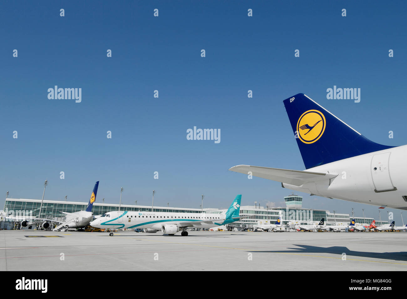 Overview, View, Terminal 2, Satellit, Lufthansa, Air Dolomiti, Roll Out, Line Up, Aircraft, Airplane, Plane, Airport Munich, MUC, Germany, - Stock Image