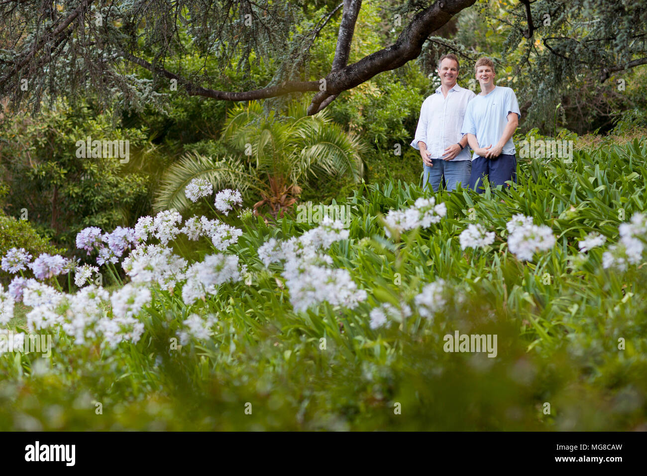 Father and son in Kirstenbosch Gardens - Stock Image