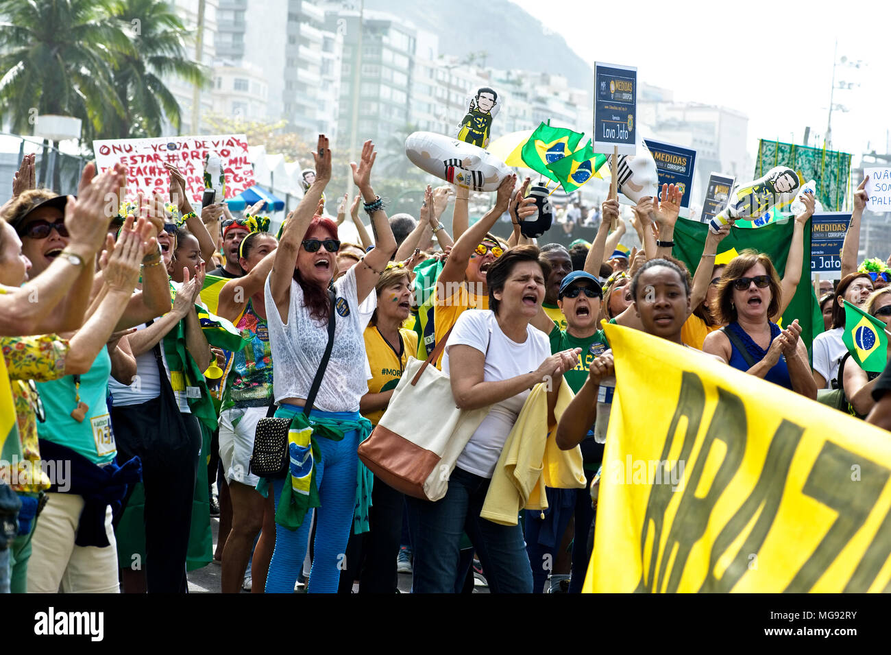 Copacabana beach, Rio de Janeiro - July 31, 2016: Demonstrators protest against corruption in Brazil and the government of President Dilma Rousseff - Stock Image