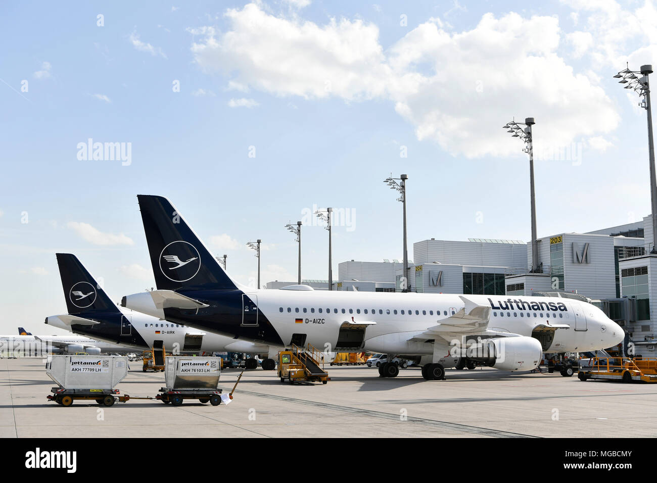 Lufthansa, A 320-200, A320, 200, Position, Ramp, clearance, Terminal 2, parking, New Livery, painting, Aircraft, Airplane, Plane, Airport Munich, MUC, - Stock Image