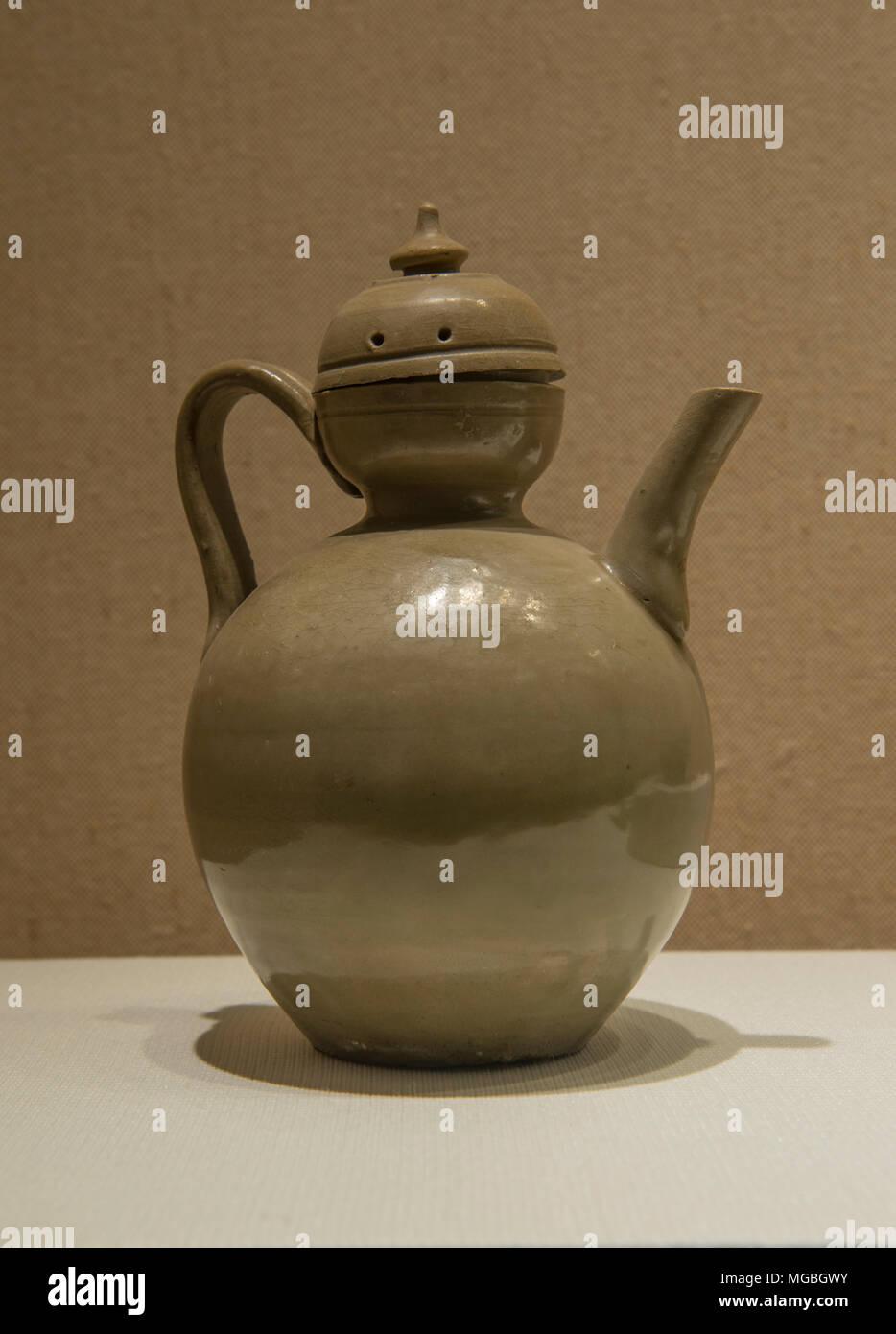 Celadon glazing ewer of Yue ware in Zhejiang Museum in Hangzhou, China. The Tang Dynasty (AD618–907) Stock Photo