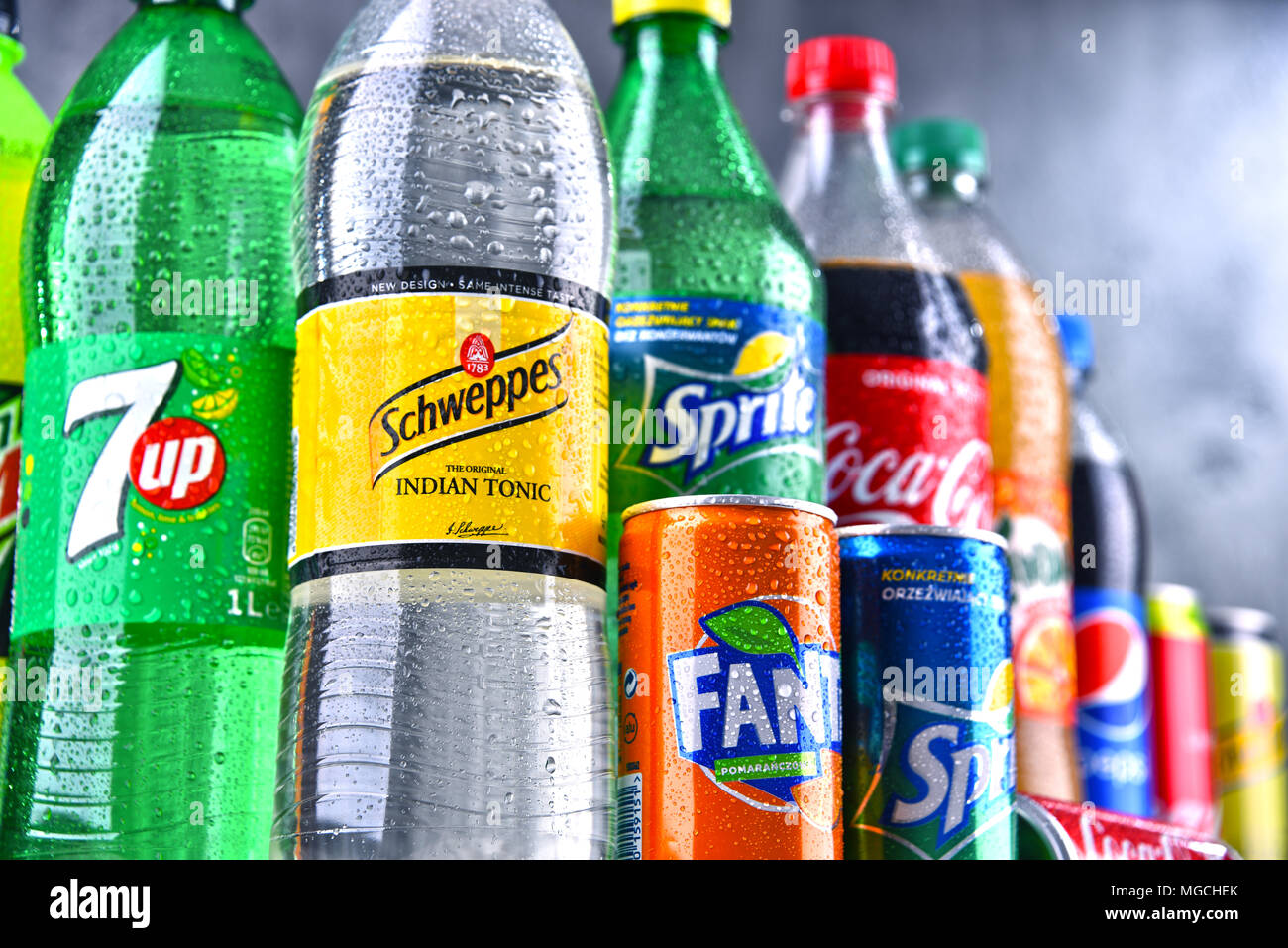 cola and pepsi company Coke stock — and the beverage itself — might be a favorite of investing wunderkind warren buffett — berkshire hathaway held a 94 percent stake in the coca-cola company, the motley fool reported in march 2017 — but pepsi is the bigger company.