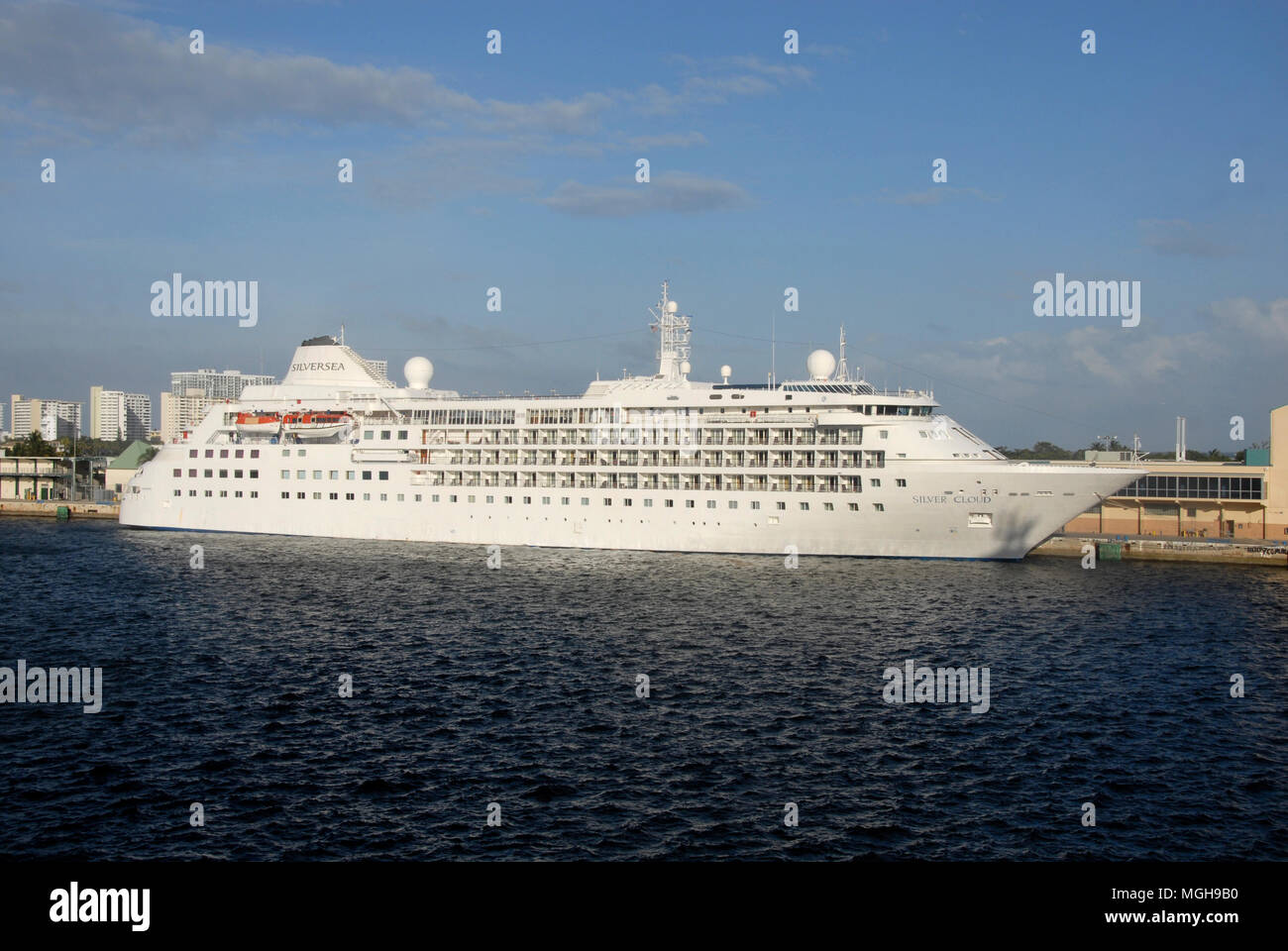 Cruise liner Silver Cloud moored at Fort Lauderdale, Florida, USA - Stock Image