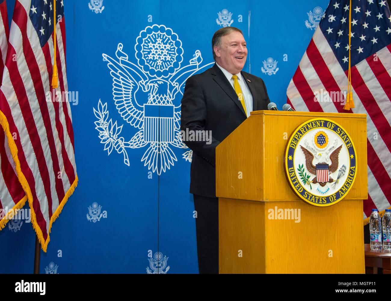 Riyadh, Saudi Arabia. 28 April 2018. U.S. Secretary of State Mike Pompeo delivers remarks to staff and families from U.S. Embassy Riyadh April 29, 2018 in Riyadh, Saudi Arabia. Credit: Planetpix/Alamy Live News - Stock Image