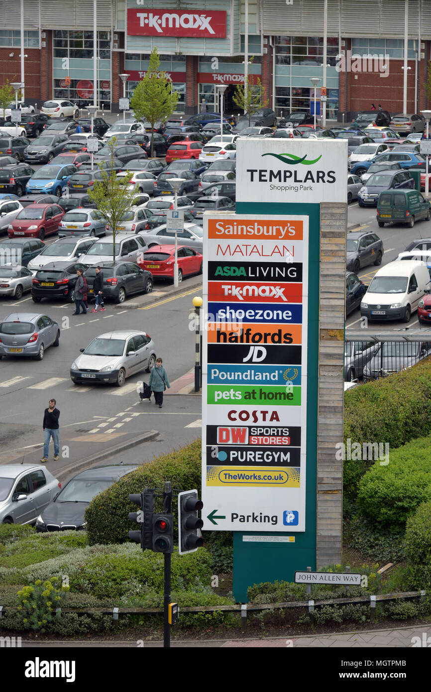 Oxfordshire, UK. . 29th Apr, 2018. The Templars shopping park in Cowley, Oxfordshire where the supermarkets Sainsburys and Asda both have retail outlets. Credit: Bridget Coaker/Alamy Live News - Stock Image