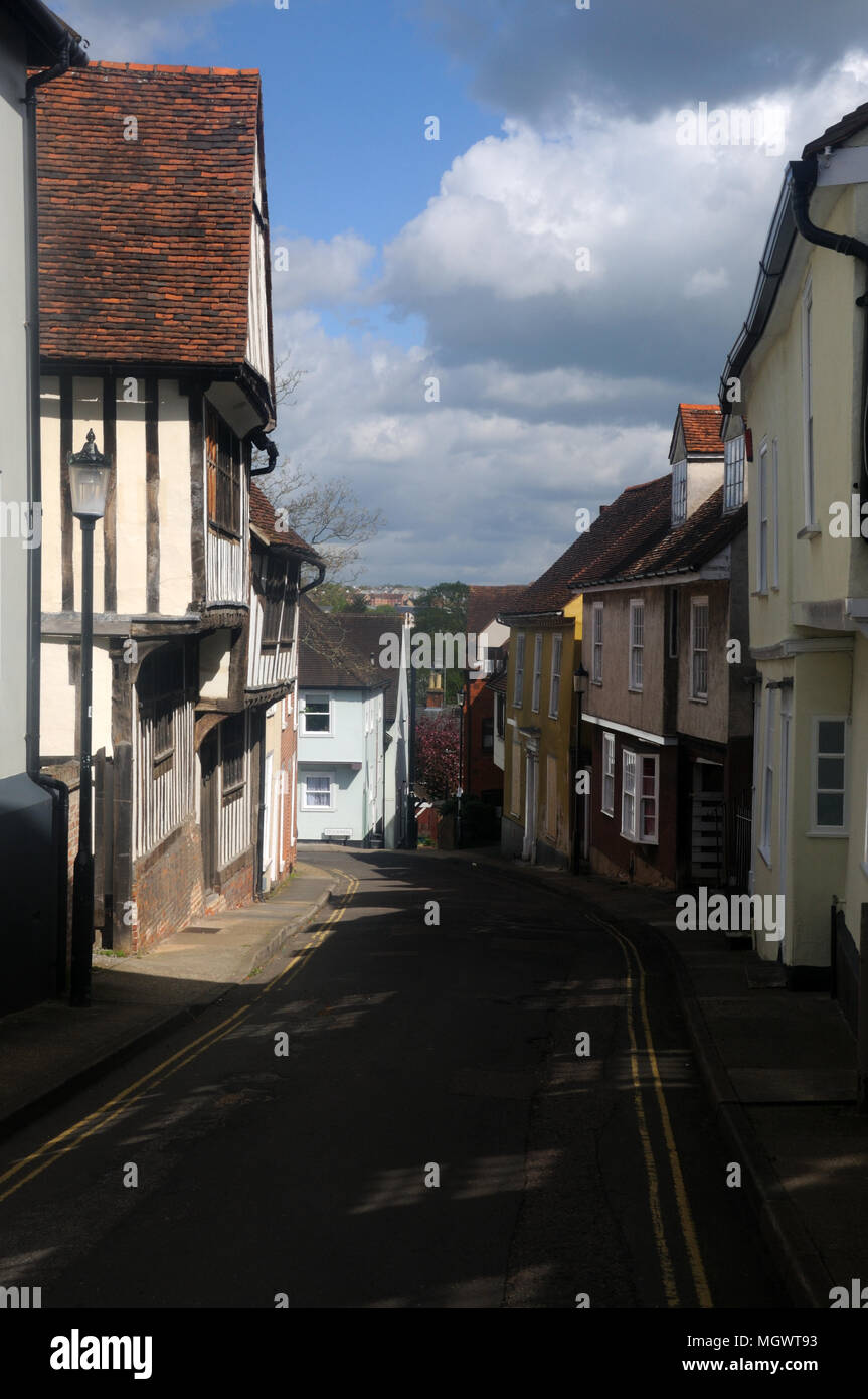 East Stockwell St., including (left) the 16th c. Peake's House, in the historic Dutch Quarter of Colchester, Essex, England - Stock Image