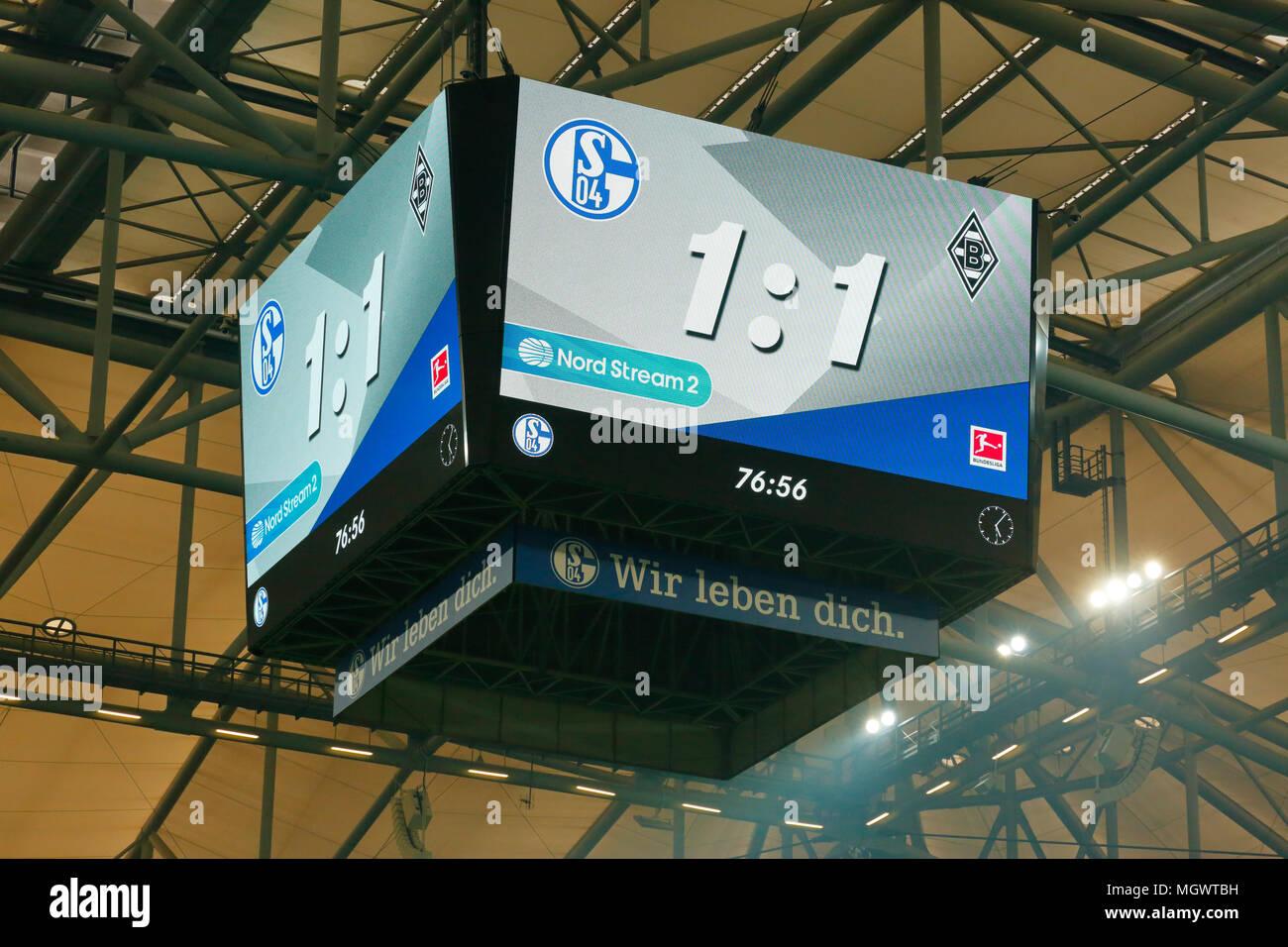 sports, football, Bundesliga, 2017/2018, FC Schalke 04 vs Borussia Moenchengladbach 1:1, Veltins Arena Gelsenkirchen, video cube, scoreboard, informations to the visitors - Stock Image