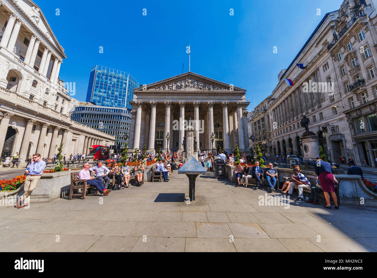 LONDON, UNITED KINGDOM - APRIL 19: VIew of the Royal Exchange building outside the bank of England in the Bank financial district area on April 19, 20 - Stock Image