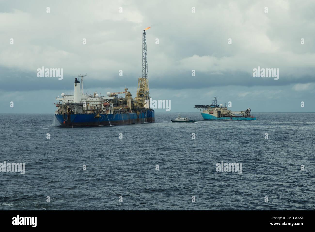 Fpso Ship Stock Photos & Fpso Ship Stock Images - Alamy