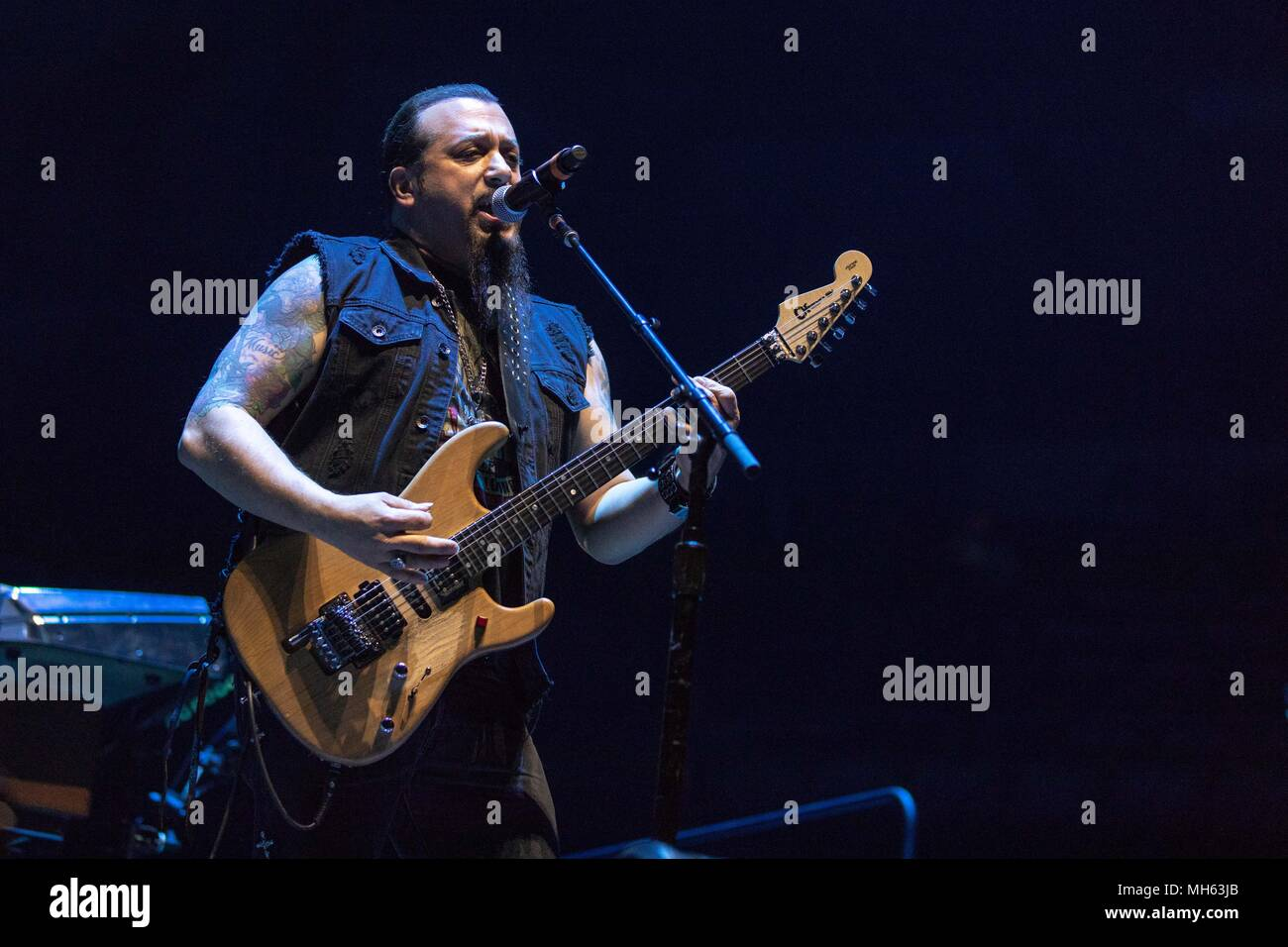Milwaukee Wisconsin Usa 29th Apr 2018 Mike Orlando Of Stereo Wiring A New House For Satellite During The This Is Not Sale Tour At Bradley Center In Credit Daniel Deslover Zuma Wire Alamy