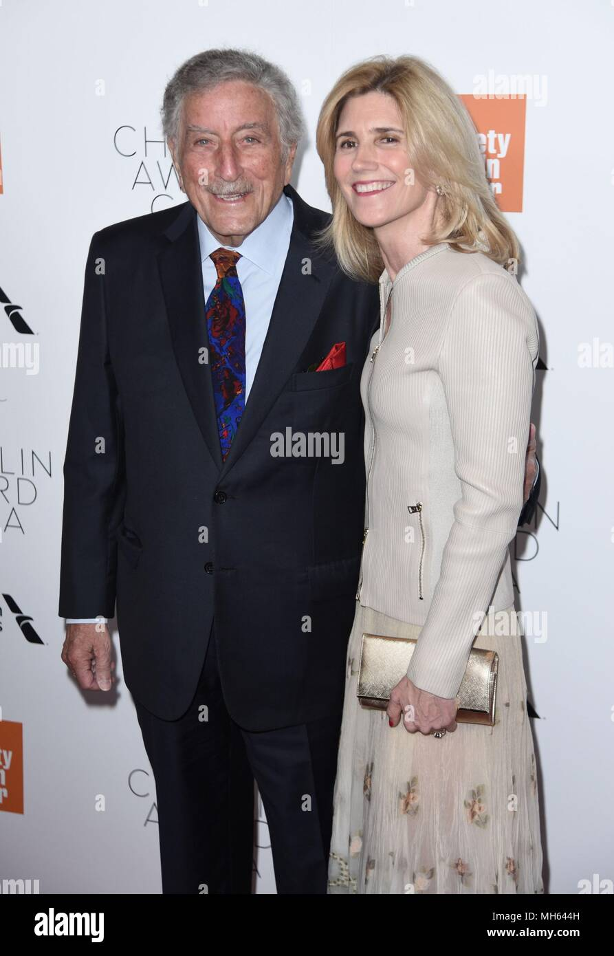 New York, NY, USA. 30th Apr, 2018. Tony Bennett, Susan Crow at arrivals for Film Society of Lincoln Center's 45th Chaplin Award Gala, Alice Tully Hall at Linocln Center, New York, NY April 30, 2018. Credit: Derek Storm/Everett Collection/Alamy Live News - Stock Image