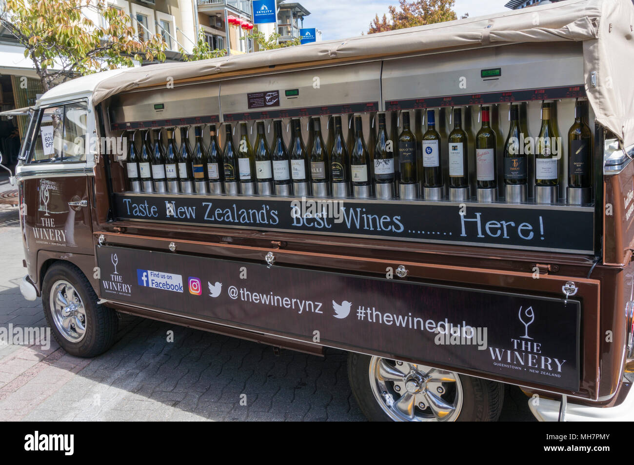 Queenstown South Island new zealand restored vw camper van the winedub for wine tasting events from the winery Queenstown town centre new zealand - Stock Image