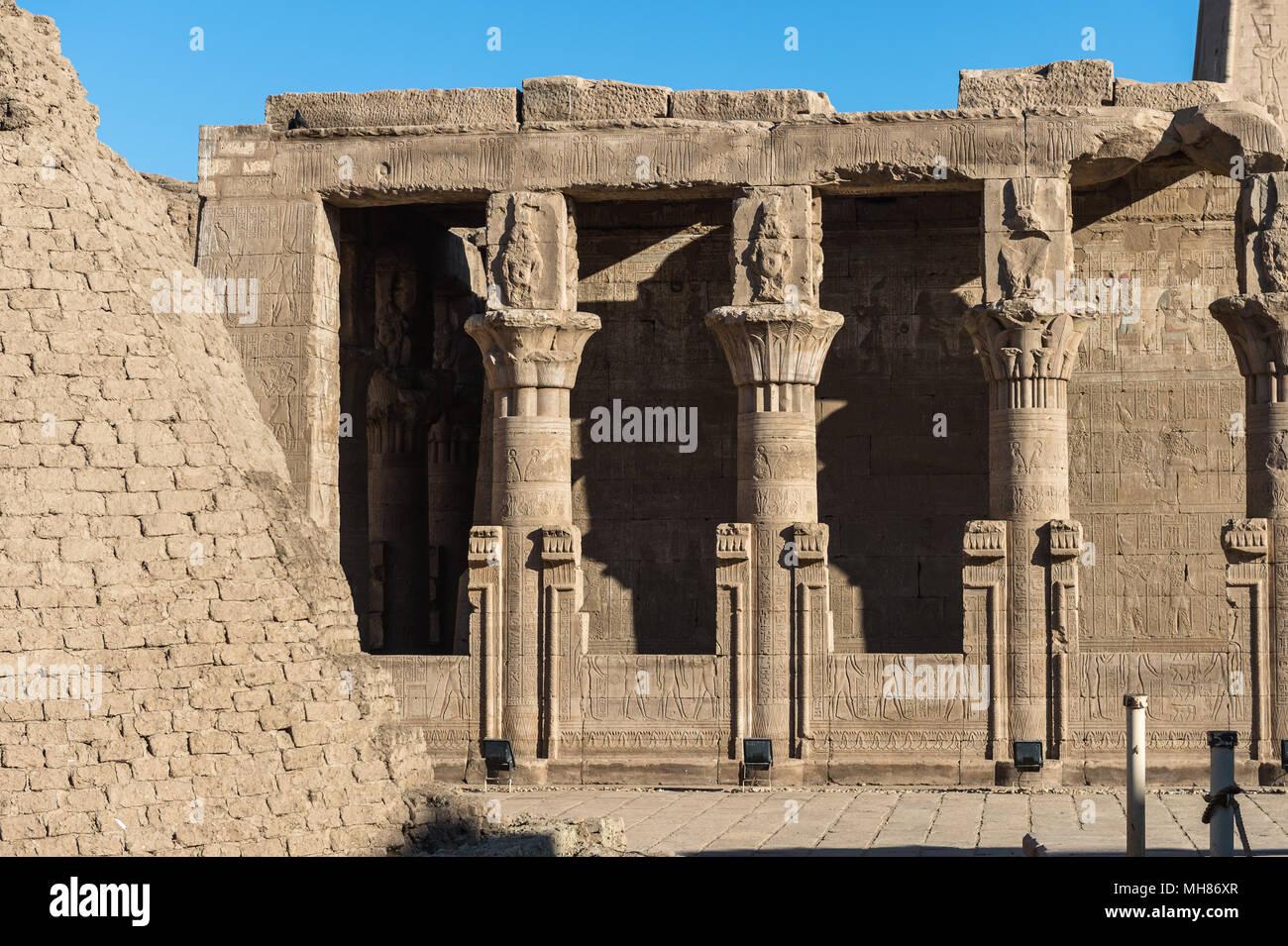 Ptolemaic Temple of Horus, Edfu (Idfu, Edfou, Behdet), Egypt. - Stock Image