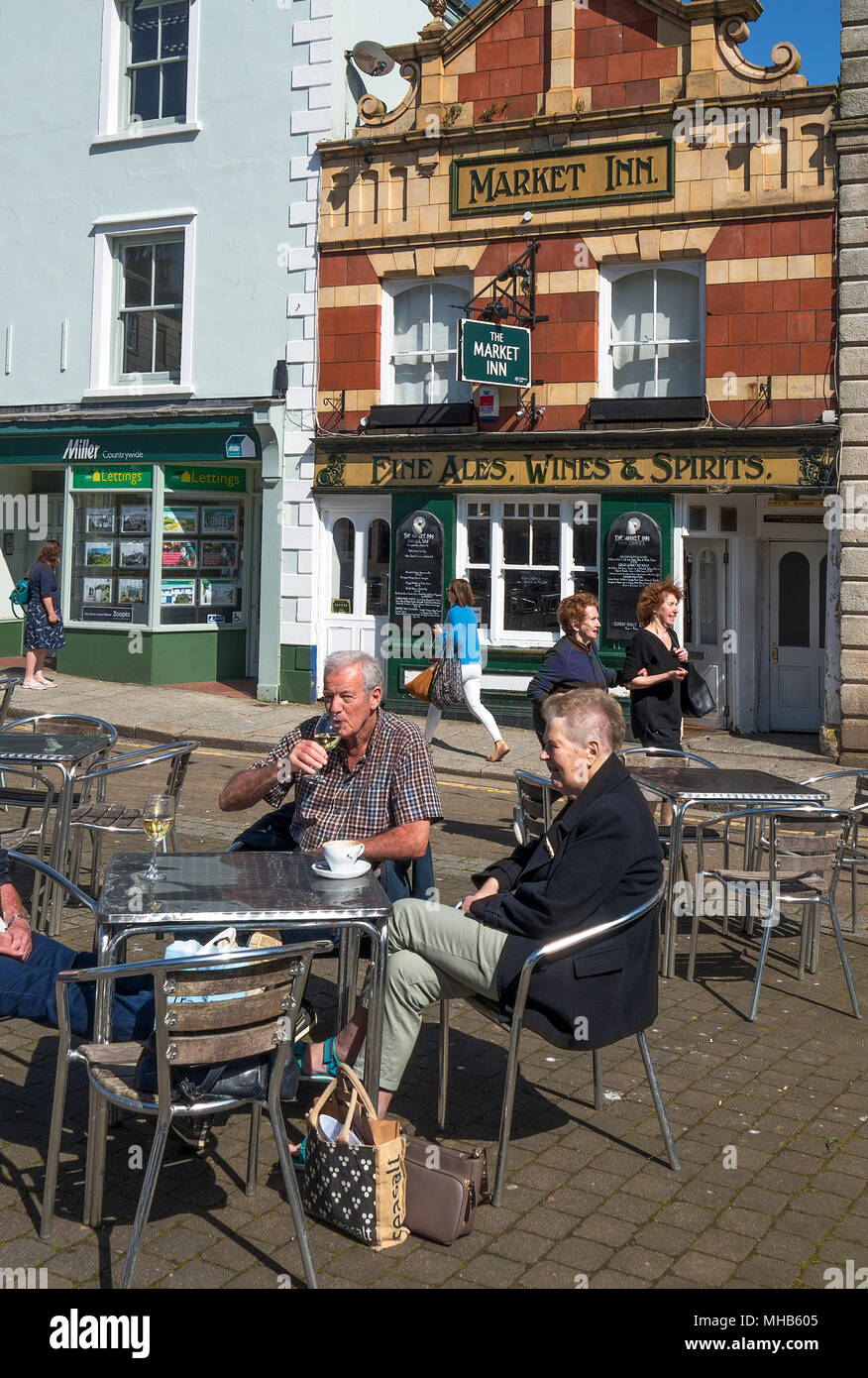 visitors tourists cafe bar pub outside seating alfresco dining truro, cornwall, england, britain, uk. - Stock Image