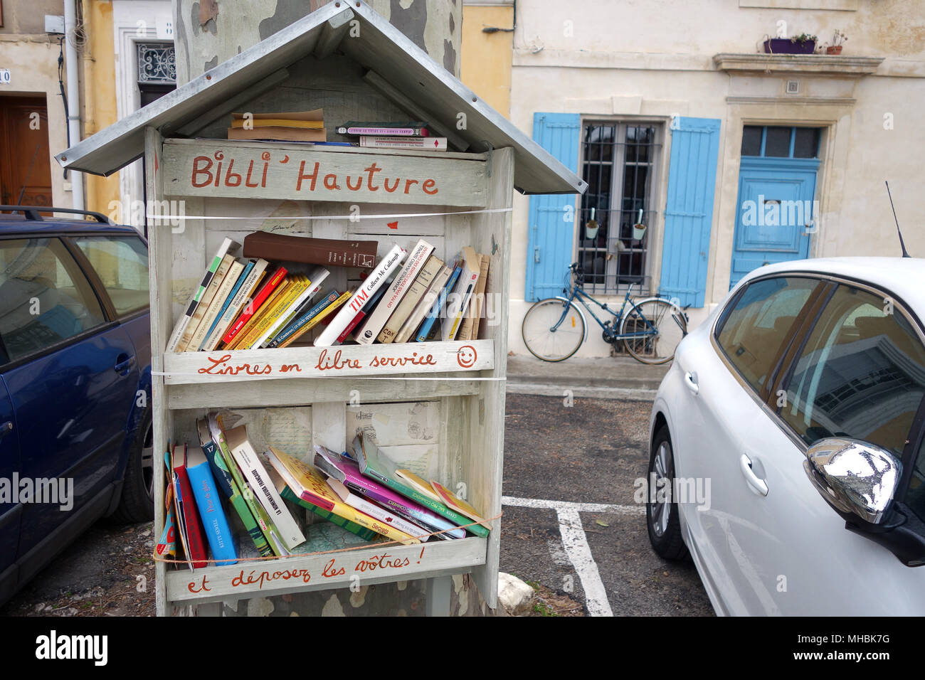 Free Community Library And Exchange Of Books In Arles France 2018 Automotive Wiring