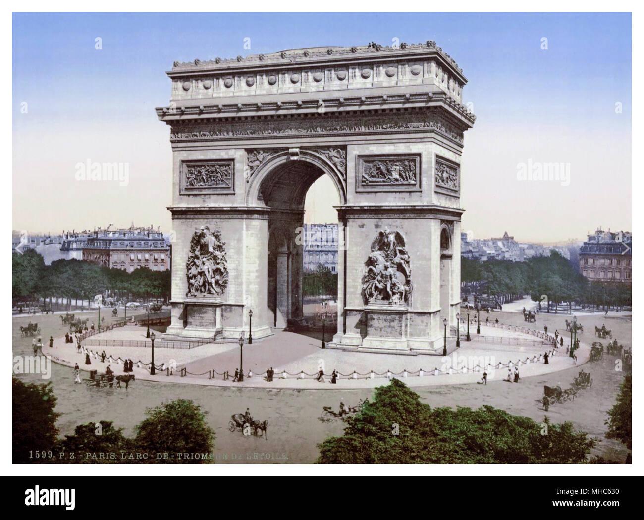 ARC DE TRIOMPHE PARIS France 1890s -1900 Vintage Historic Colour France Photochrom. Color Lithography historic coach and horses city colour scene - Stock Image