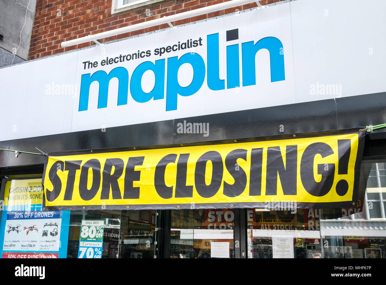 Maplin store closing down in Southampton High Street, after the electrical chain went into administration - Stock Image