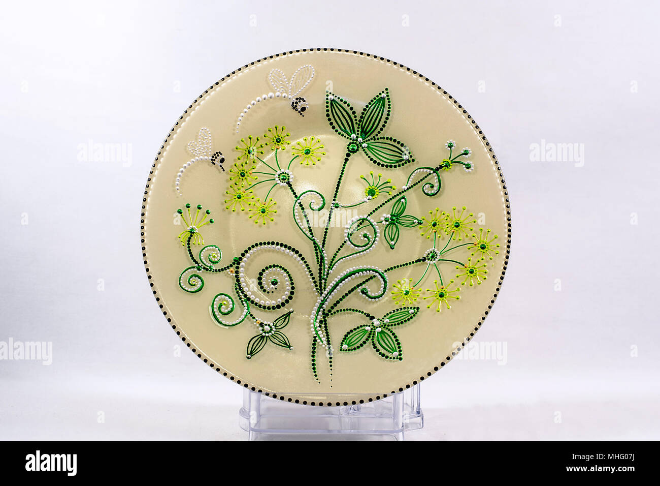 Attractive Decorative Wall Dishes Gallery - Wall Art Ideas ...