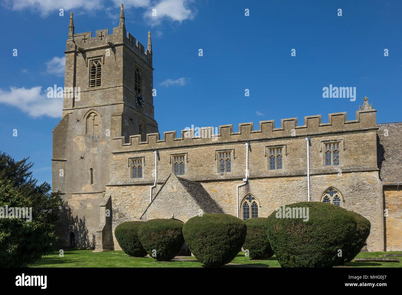 England, Warwickshire, Long Compton church - Stock Image