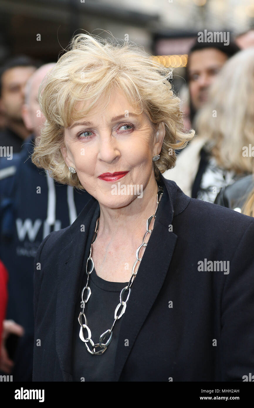 Communication on this topic: Susie Amy (born 1981), patricia-hodge/