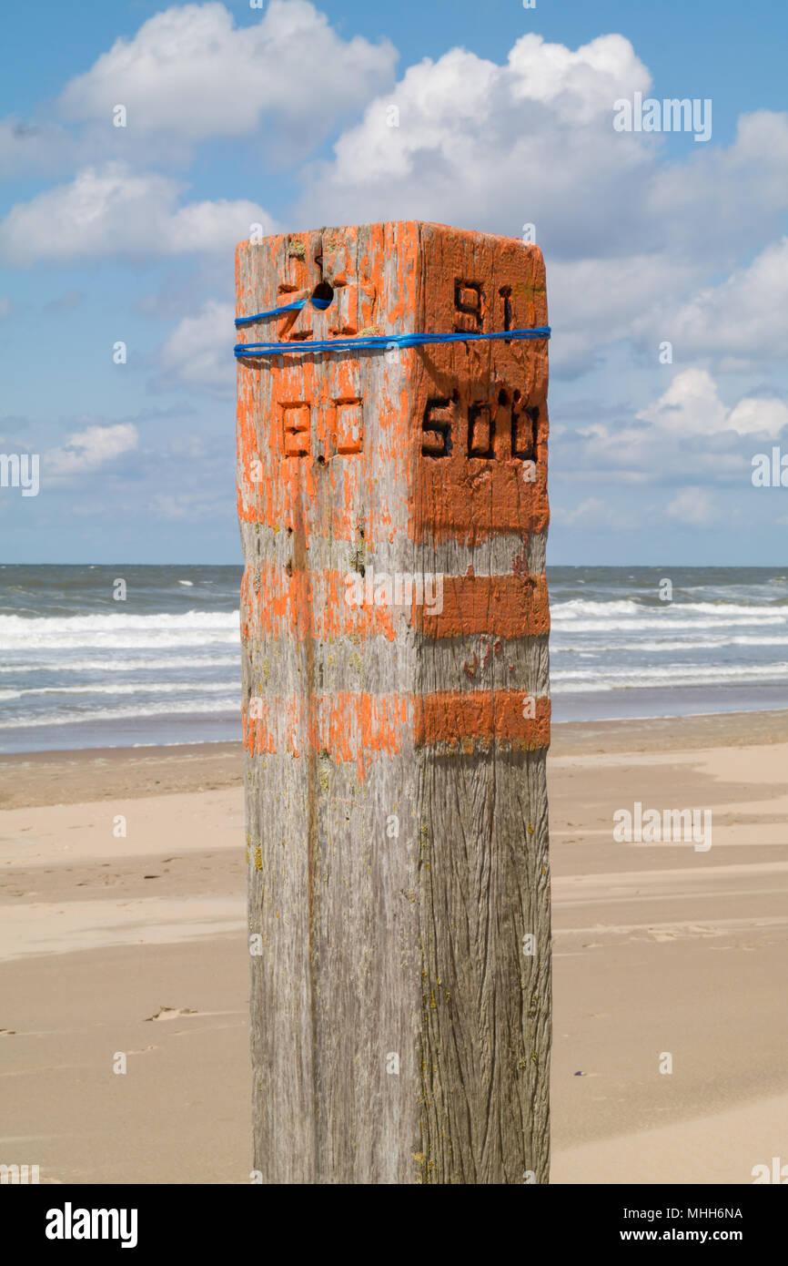 Beach Pole 91 on the beach of Wassenaar (Wassenaarse Slag) Stock Photo