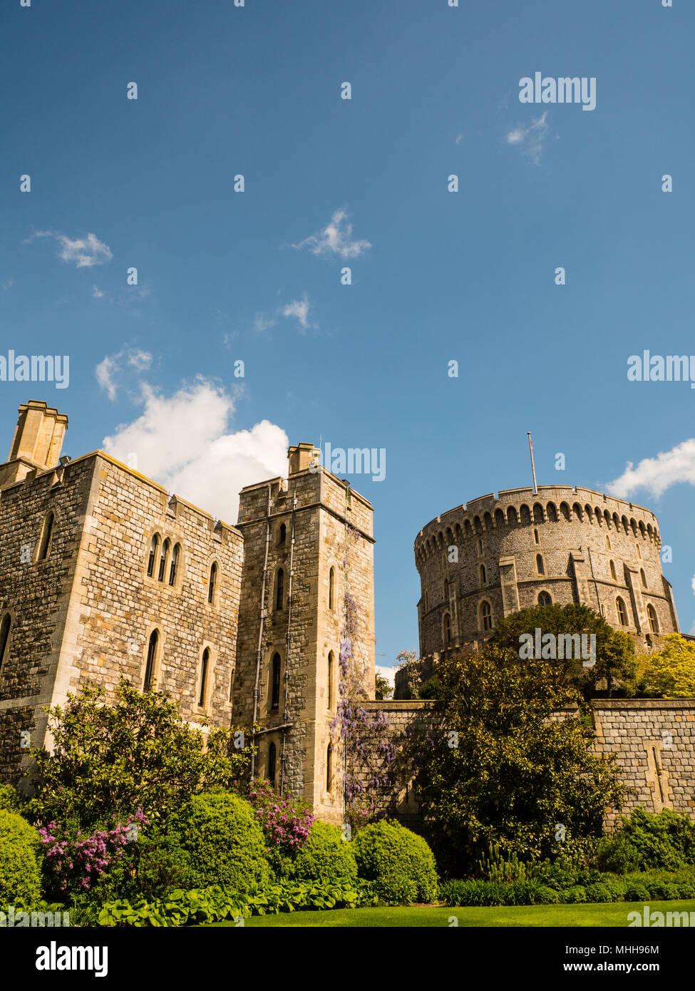 Henry III Tower, and Round Tower (The Keep), Windsor Castle, Windsor, Berkshire, England, UK, GB. - Stock Image