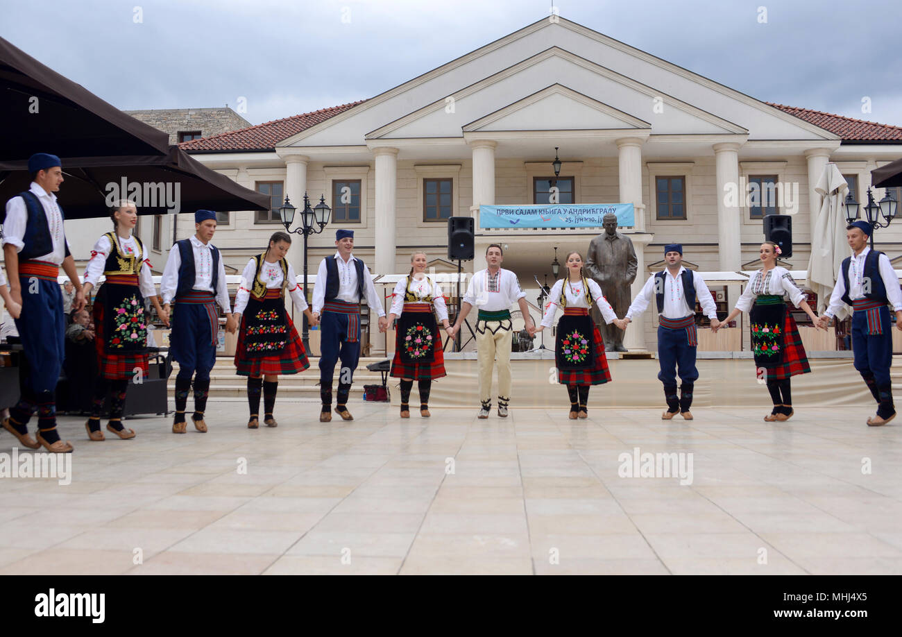 Serbian traditional folk dances. Andricgrad, Visegrad, Bosnia & Herzegovina - Stock Image