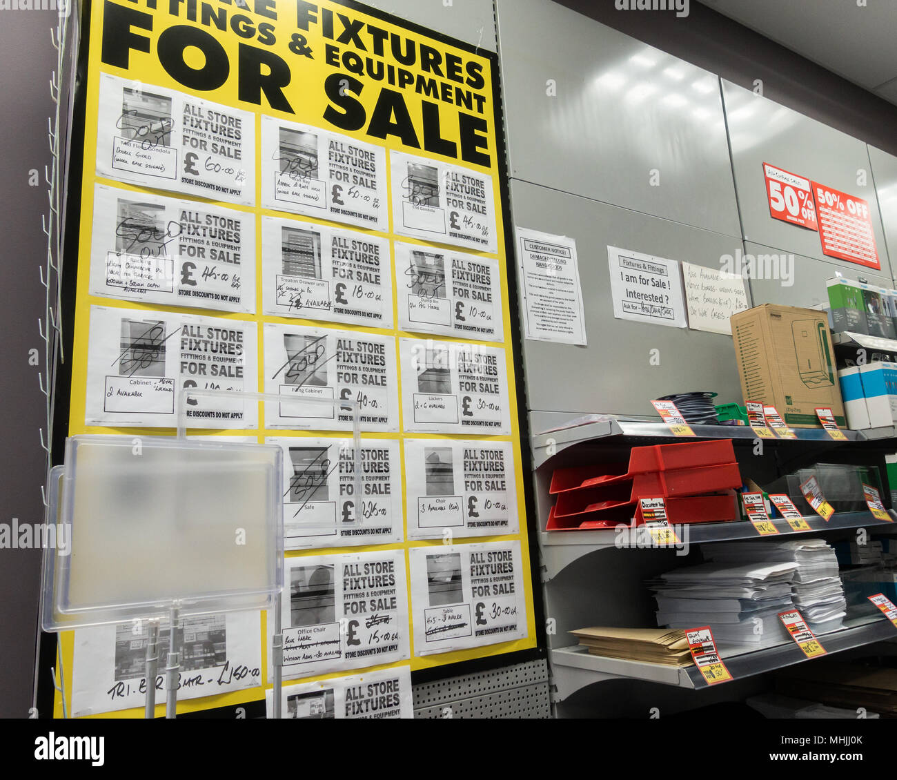 Interior of Maplin store with store closing signs. Store also selling all fixtures and fittings: shelving... England, UK Stock Photo