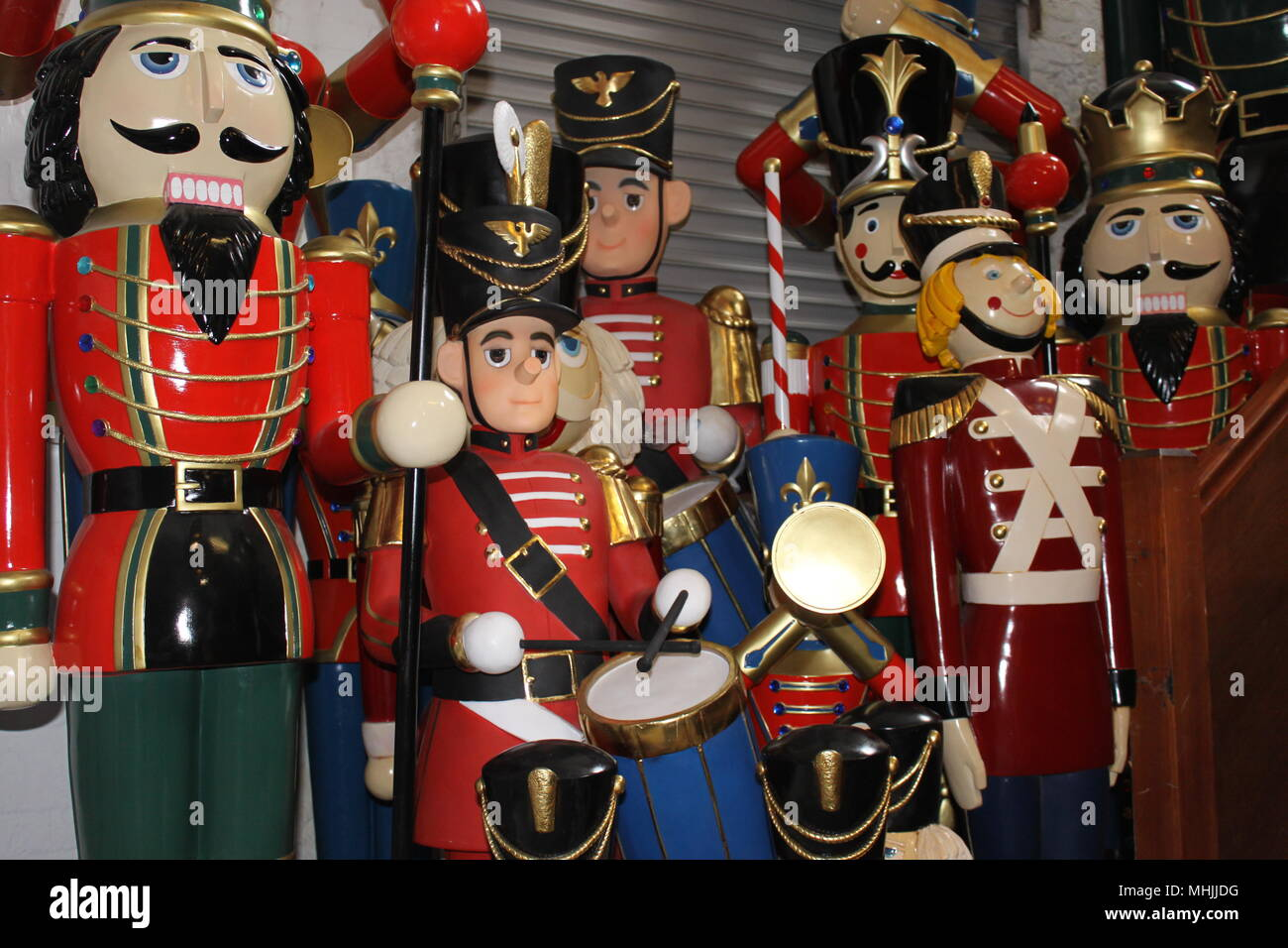 Life size resin soldier models for sale from The Jolly Roger Limited, Bovey Tracey, Devon, England, UK, PETER GRANT - Stock Image