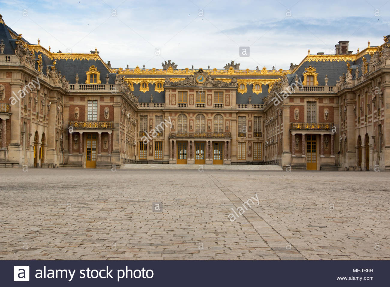 Versailles, France, 2 August 2017. View of the palace of Versailles from the main courtyard. - Stock Image