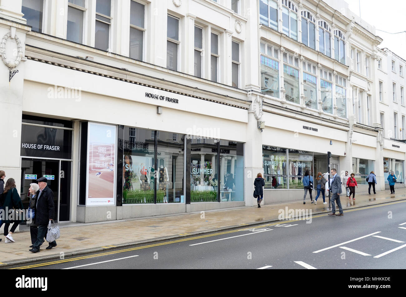 House of Fraser, Leamington Spa, UK, one of 31 stores due for closure. House of Fraser announces store closures, a Company Voluntary Arrangement, and a new majority owner in latest restructuring plan. Hundreds of jobs are at stake throughout the chain's 59 stores. CBanner, a Chinese retail business which owns Hamleys, will take a new 51% stake, with former Chinese majority shareholders Nanjing Cenbest retaining a minority share.  i Credit: Antony Nettle/Alamy Live News Credit: Antony Nettle/Alamy Live News Credit: Antony Nettle/Alamy Live News Credit: Antony Nettle/Alamy Live News - Stock Image