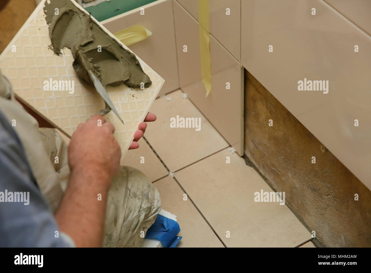 Laying Ceramic Tiles In The Bathroom Requires A Lot Of Experience