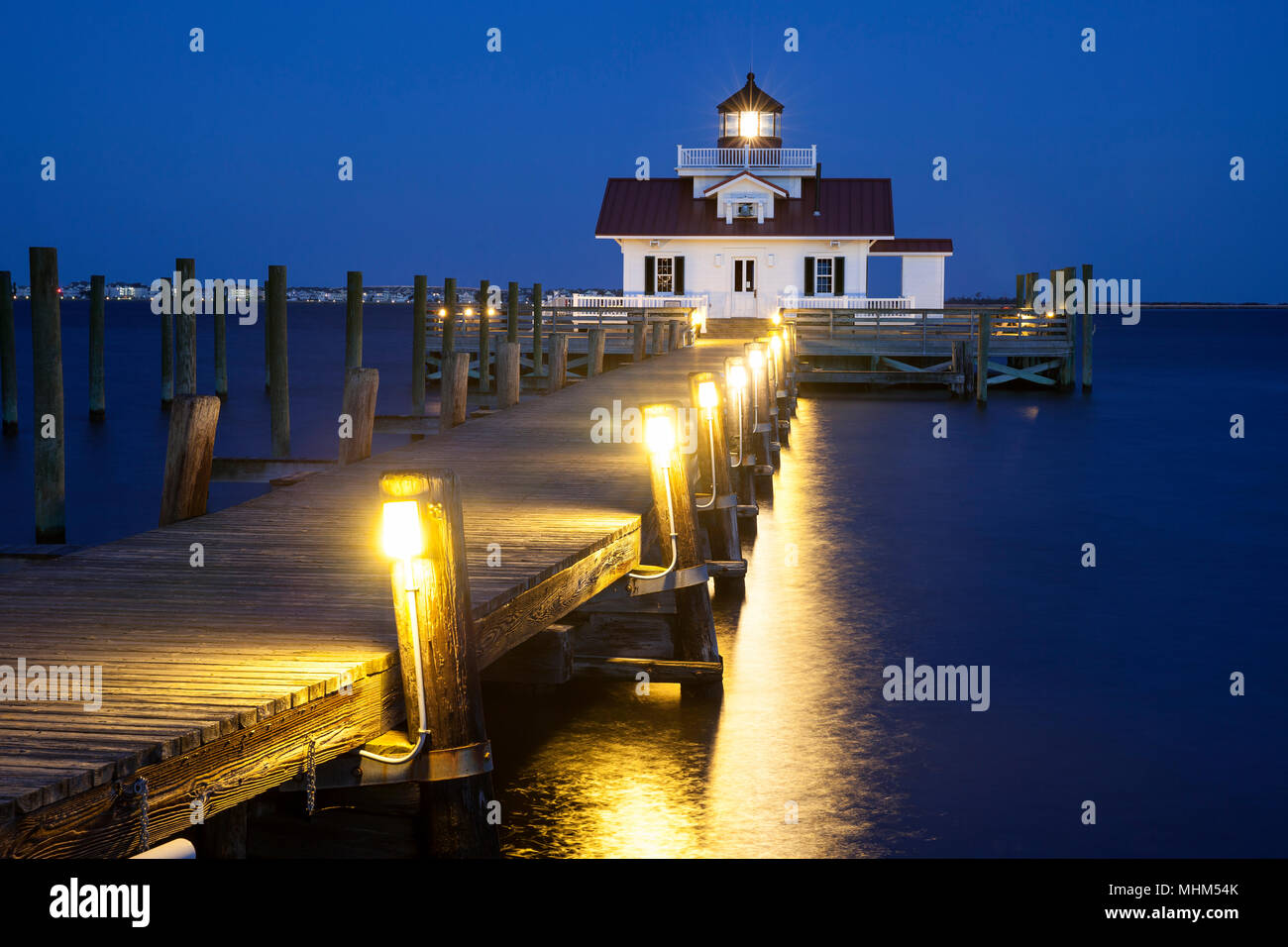 NC01686-00...NORTH CAROLINA - Roanoke Marshes Lighthouse in the town of Manteo on Roanoke Island. - Stock Image