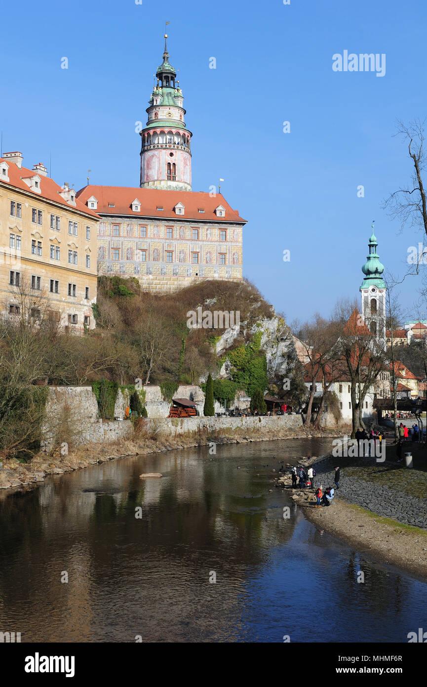 The Vltava river flowing by Cesky Krumlov, Czech Republic - Stock Image