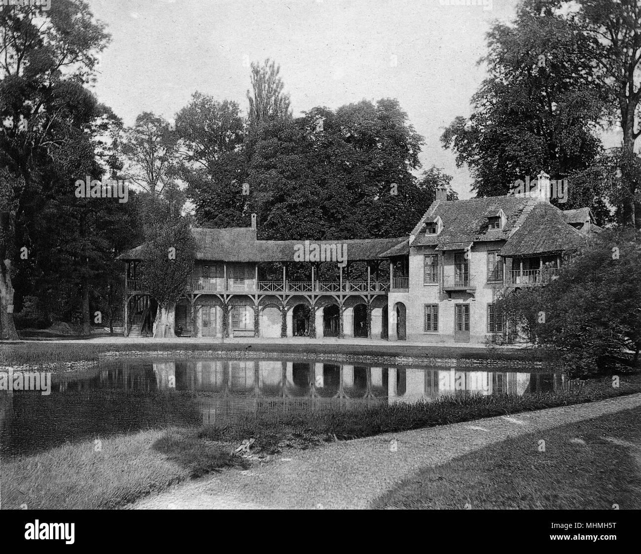 The Hameau.       Date: 1900 - Stock Image