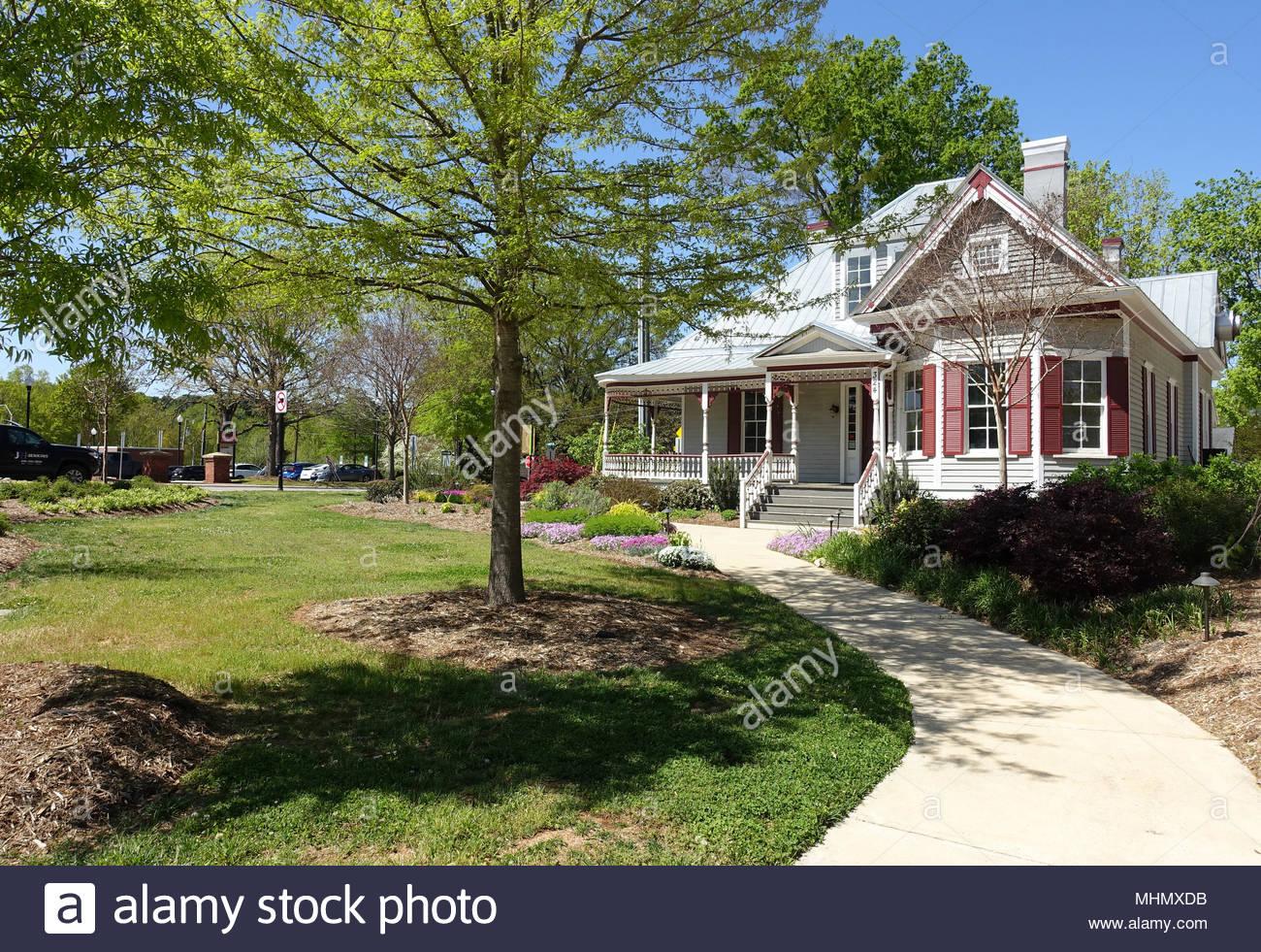Neighborhood in downtown Cary, North Carolina Stock Photo
