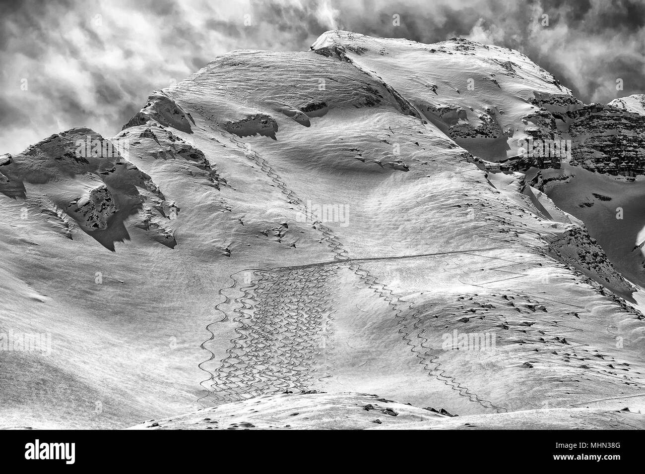 backcountry skiing trails snow detail tracks - Stock Image