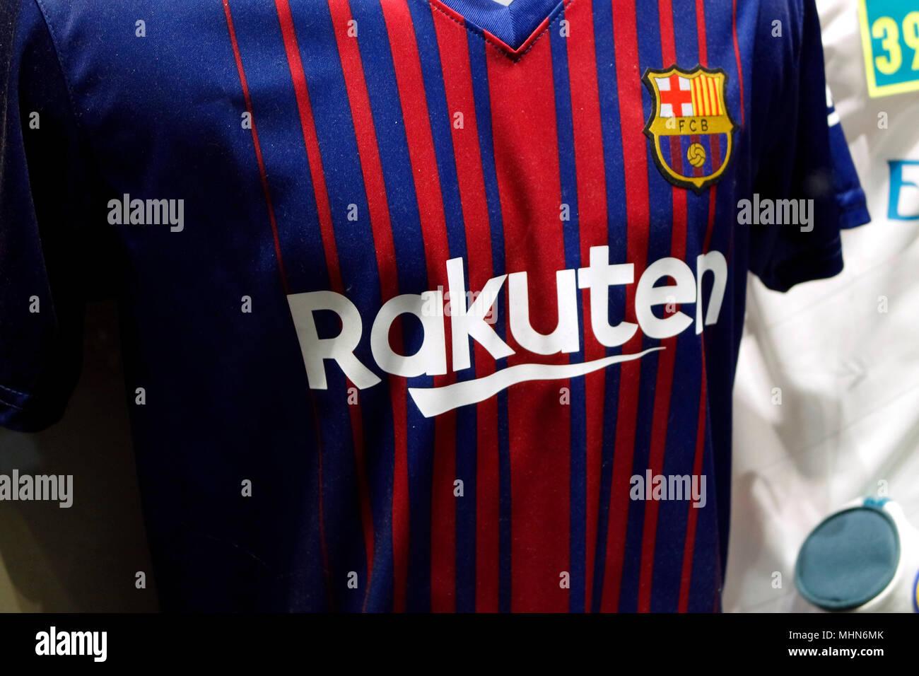 Logo der Marke/ logo of the brand 'Rakuten' auf dem Trikot des 'FC Barclona', Madrid. - Stock Image
