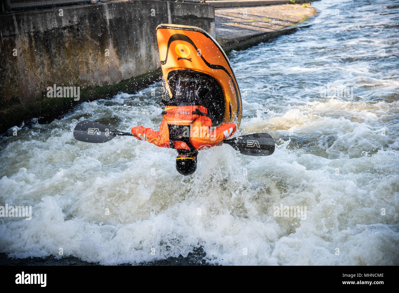 Freestyle Kayaker at the National Watersports Center Nottingham - Stock Image