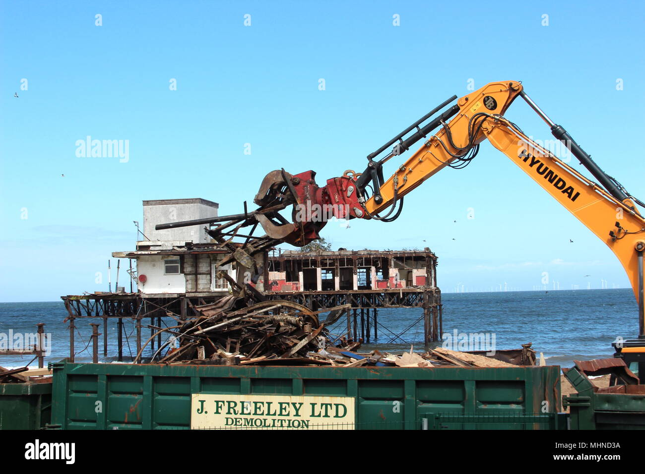 The Demolition of Colwyn Bay Victoria Pier - Stock Image